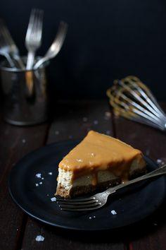 http://www.wickedsweetkitchen.com/2015/04/dulce-de-leche-cheesecake.html