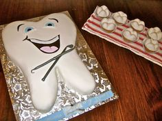 Dental hygienist graduation cake, happy tooth cake, tooth cupcakes