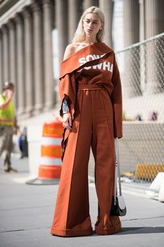 This Might Just Be the Easiest Ever Street Style Trend to Copy