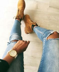Imagen de fashion, jeans, and shoes Timberland Outfits Women, Timberland Boots, Paris Fashion, New Fashion, Womens Fashion, Smart Casual Women, Chic Outfits, Fashion Outfits, Baskets Nike