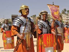 Roman Army Reenactment | Photographs of formations, shields ...