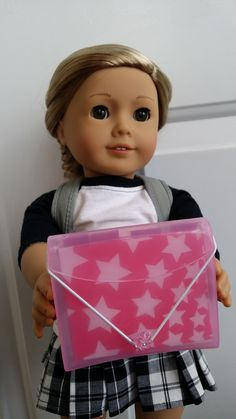 American Girl Doll Crafts and Fun!: Craft: Make a Doll Sized Pocket Portfolio