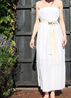 Kup mój przedmiot na #vintedpl http://www.vinted.pl/damska-odziez/dlugie-sukienki/14325279-letnia-stylowa-biala-sukienka-benetton
