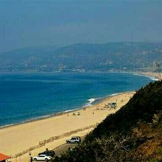 #losangeles $945 return flying @AmericanAir from Sydney. Escape the crowds. Visit www.happytravel.blog for more #travel