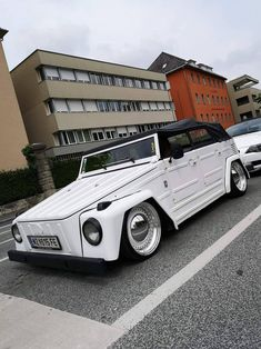 Vw Cars, Audi Cars, Custom Bmw, Custom Vans, Volkswagen 181, Vw Classic, Vw Vintage, Cars And Motorcycles, Dream Cars