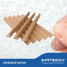Carboard corner  https://www.inatech-shop.ro/ambalaje-materiale-izolatii/ambalaje-pentru-protectie/coltare-din-carton/