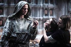 Tom Wlaschiha as Jaqen H'ghar, Maisie Williams as Arya Stark and Faye Marsay as The Waif (season 5, episode 10)