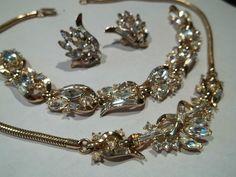 Vintage Trifari Parure Rhinestone Necklace Earrings Bracelet Pristine | eBay