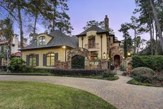 Exceptional estate built by Overstreet Builders on a 31,000-plus square foot lot. Open integrated floorplan with excellent flow for entertaining. Gracious...