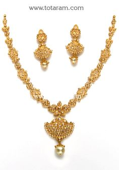 22K Gold Necklace & Ear Hangings Set with Uncut Diamonds & South Sea Pearls
