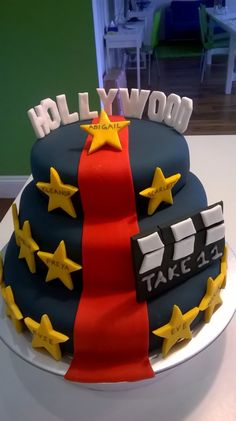 Hollywood birthday cake for a Hollywood themed party. A star for each party guest.