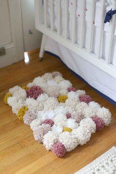 Se puede aplicar la misma idea de una alfombra para los dedos acogedoras.