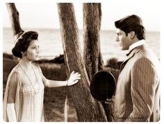 "Reeve chose to do the time-travel romance Somewhere in Time. It was Reeve's way of ""escaping the cape"". The movie is based on the Richard Matheson novel Bid Time Return. It was directed by Jeannot Szwarc, the Frenchman who had previously rescued Jaws II and produced by Stephen Deutsch"