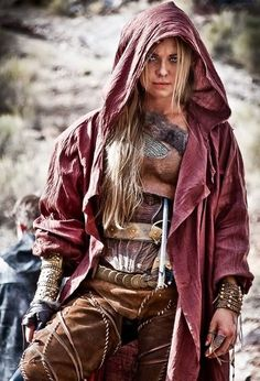 "Fantastic. Practical armour mixed with realism looking more like ""clothing"" than ""garb"". - LARP costume; A place to rate and find ideas about LARP costumes. Anything that enhances the look of the character including clothing, armour, makeup and weapons if it encourages immersion for everyone."