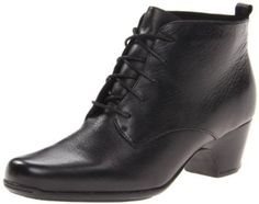 Amazon.com: Clarks Women's Leyden Bell Boot: Shoes