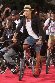 #pharrellwilliams #bicycle