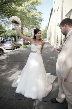 I love the idea of a colored sash to contrast the white of a wedding dress. Gorgeous!