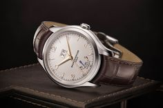 Introducing the Baume & Mercier Clifton Automatic Big Date and Power Reserve and Hampton Automatic, two simple but elegant luxury watches for the SIHH 2015.