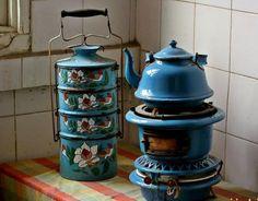 "Damascus vintage food casserole. ""Safer-tas and a samawer"""