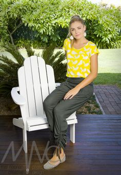A collection of commercial photo shoots by Mel Noonan Creative.  Follow her work at www.melnoonancreative.com.au #photoshoot #commercial #advertising Photo Shoots, Capri Pants, Commercial, Advertising, Creative, Collection, Fashion, Capri Trousers, Moda