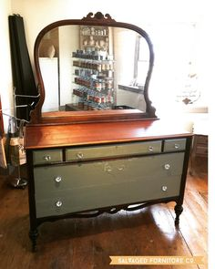 New in the store today!  Old antique dresser with gorgeous oversized mirror would look beautiful in a large entry way master bedroom or a precious statement piece in a newly redone guest room.  Open till 6:00 pm tonite ... stop by & say hello!  #salvaged #paintedfurniture #farmhousedecor #farmhousechic #farmhouse #upcycledfurniture #salvagedfurniture #paintedfurniturecompanyofnottinghamshire #bucktownpa #pughtownpa #pughtownpa #paintedfurniturelove #countrychic #countrychicpaints…