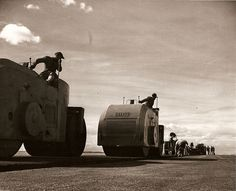 Seabees on asphalt rollers in Zaragota, Spain, in 1958. / bontool.com