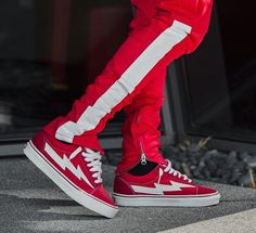 196e77e5cdd7 228 Best Sneakers Shoes Boots images in 2019