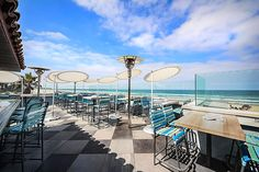 San+Diego's+biggest+oceanfront+rooftop+is+like+drinking+in+a+swimming+pool