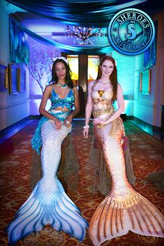 California professional swimming mermaid and merman entertainment for adult pool parties, trade shows, top sales events, and cocktail parties.