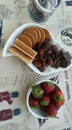 Healthy snacks! Make your food look good!! :)
