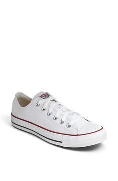 Converse Chuck Taylor® Low Sneaker (Women) in Optic White Size 8.5