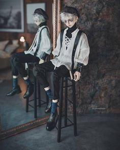 Pin by Anne Clement on My Samspi in 2019 Ooak Dolls, Barbie Dolls, Doll Drawing, Mode Kawaii, Persona 5 Joker, Sitting Poses, Gothic Dolls, Realistic Dolls, Doll Painting