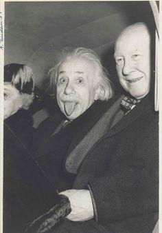 A foto foi tirada em 1951, depois das celebrações de seu aniversário de 72 anos (Foto: Arthur Sasse/Nate D. Sanders Auctions)