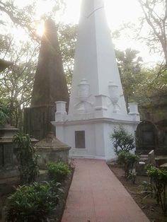 Exploring South Park Street Cemetery in Kolkata