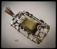 Vintage silver 925 pendant with green agate - vanha hopeariipus vihreällä akaatilla - www.flearoom.fi