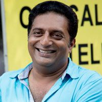 I want to be myself : Prakash Raj -   Un Samayal Arayil is all set to release in theaters. The film which has Prakash Raj and Sneha in the lead is being directed and produced by Prakash Raj...  Read More: http://www.kalakkalcinema.com/tamil_news_detail.php?id=6944&title=I_want_to_be_myself_:_Prakash_Raj