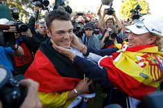 Martin Kaymer celebrates Europe's Ryder Cup victory on the 18th green ...