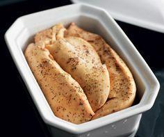 Pas de Noël sans foie gras ! Préparez cette délicieuse terrine, sans oublier de prendre de l'avance : la terrine doit reposer 3 jours avant d'être dégustée !
