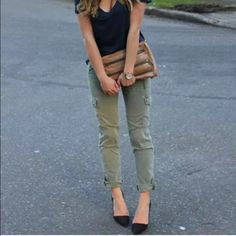 : zara skinny cargo pants : Great condition! I love these but they are a little tight on me so off they go to their new home :) the color is more sage than the stock photos suggest. True color shown in photos 1 & 4. Zara Pants
