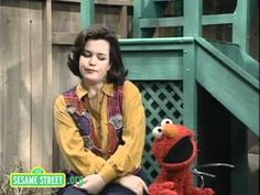 Pin for Later: Sesame Street Cameos to Make You Feel Like a Kid Again Rosie O'Donnell, 1993 Rosie O'Donnell rapping with Elmo — that's all you need to know; just press play.