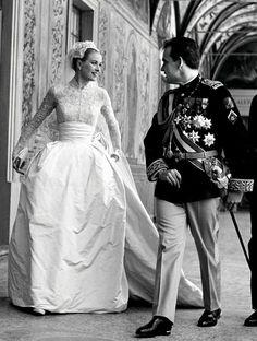 Pièce montée : les plus belles robes de mariées de la royauté