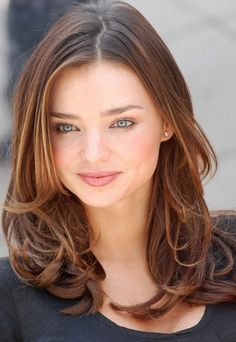 Miranda Kerr Hairstyles: Pretty Curls  Maybe just a tad longer