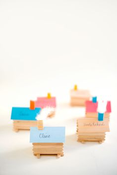 DIY log cabin place cards. Photo by Tim Gibson (via Oh Happy Day!).