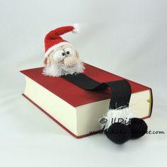 Santa Claus Bookmark crochet pattern by IlDikko
