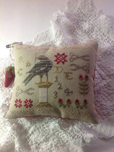 Hand Stitched Primitive Pincushion Bowl Filler With Blackbird Titled The Sewing…