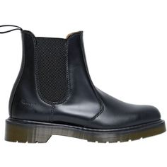 Dr.martens Women 30mm Chelsea Leather Boots (795 PLN) ❤ liked on Polyvore featuring shoes, boots, black, rubber sole boots, real leather boots, kohl shoes, leather shoes and leather boots
