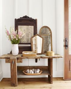 http://www.countryliving.com/home-design/house-tours/g3208/southern-georgia-farmhouse/