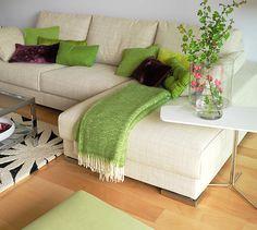 Lugar de manta y tipo de almohadones ( en otros colores!)