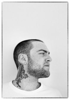 Mac Miller (Malcolm McCormick) ❂✾❀✣ [formerly known by his stage name EZ. - Mac Miller (Malcolm McCormick) ❂✾❀✣ (formerly known by his stage name EZ Mac) - Tatuajes Mac Miller, Mac Miller Tattoos, Mac Miller Ariana, Tatoo Neck, Mac Miller Quotes, Jupiter Jones, Best Neck Tattoos, Mercedes Benz S, Mac Collection