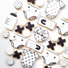 """246 Likes, 15 Comments - Nicci Webster (@frostedbynicci) on Instagram: """"Friday Flashback! These monochrome baby shower cookies have been my most popular baby set, no…"""""""